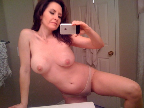 Sex in Bedford with a real Bedford Milf
