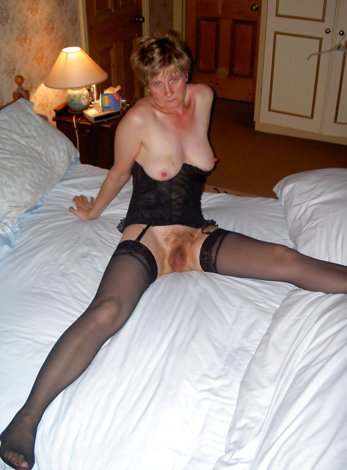 Mature women in Cherwell who like bareback sex